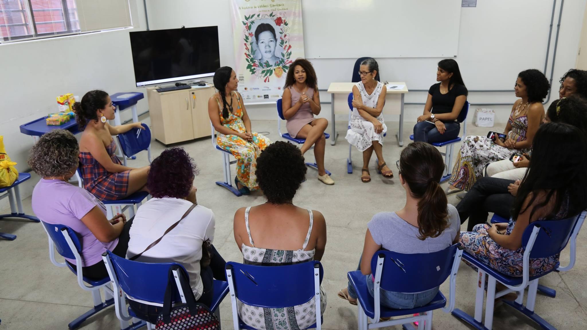 Roda de Conversa Saberes Populares Reflexões sobre o documentario Umbigo