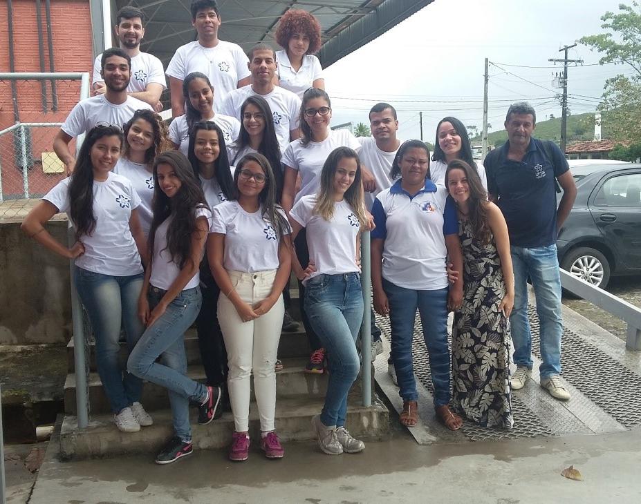 Estudantes, ACS e enfermeira, 16 de agosto de 2017