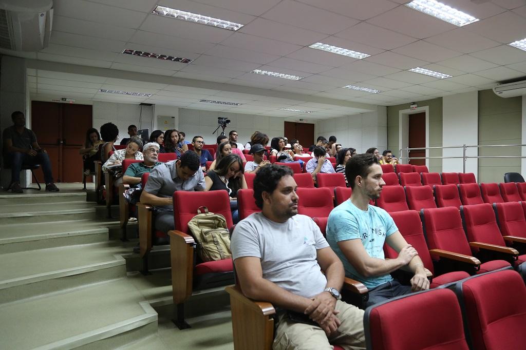 Público reuniu estudantes dos três campi e também docentes e técnicos